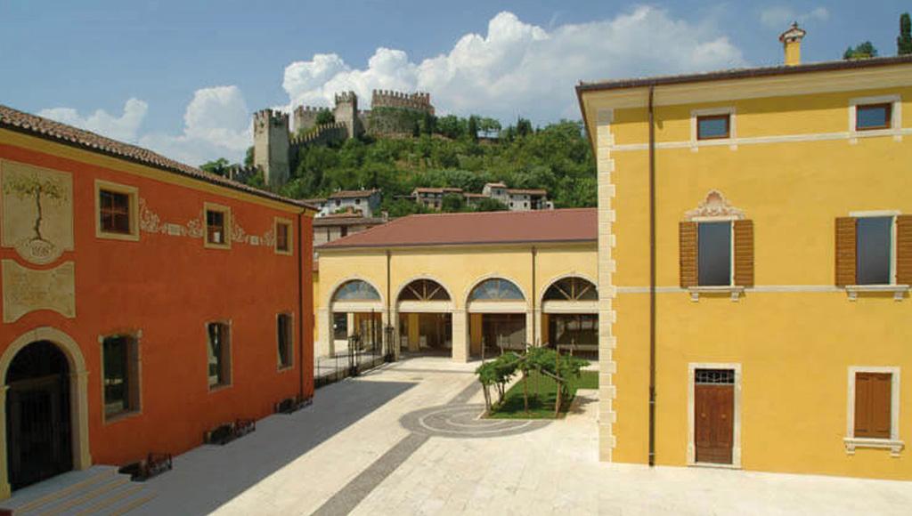 Rocca Sveva winery
